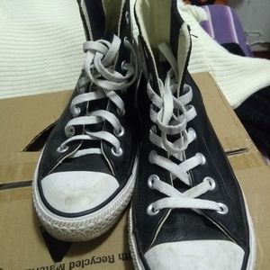 Converse all star high top leather shoes size 8
